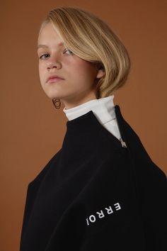 [Basic line] Zipper sweatshirts black