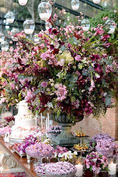 home - Rejane Wolff Fotografia Flower Decorations, Wedding Decorations, Floral Wedding, Wedding Flowers, Party Centerpieces, Wedding Themes, Event Decor, Wedding Table, Floral Arrangements