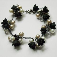Lady in Black Bracelet. Black Bracelets, Cuff Bracelets, Bangles, Hand Flowers, Black Flowers, Bronze Wedding, Fine Jewelry, Unique Jewelry, Pearl Bracelet