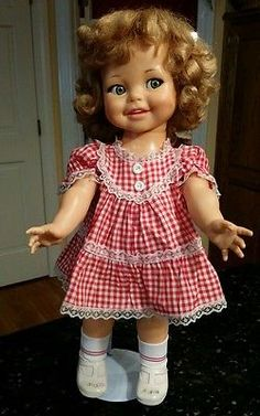 Vintage-1960s-Giggles-Flirty-Eye-Doll