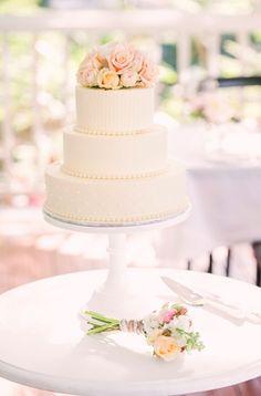 Sunshine Coast, Floral Designs, Cake Designs, Vanilla Cake, Event Planning, Wedding Styles, Real Weddings, Brides, Wedding Cakes