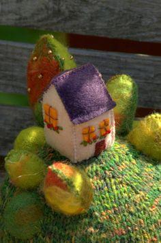 """RESERVEE- """"Home sweet home""""- figurine décorative maison sur la colline, art…"""