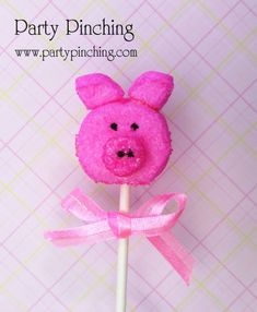Oh my! Someone just told me it's National Pig Day! So this little piggy didn't have to go to the market to make these Piggy Pops. They are bunny Peeps cut into piggy shapes.
