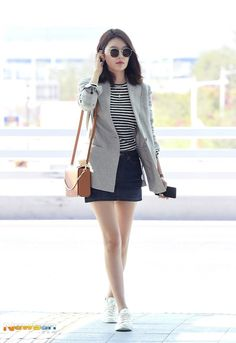 SooYoung no Aeroporto de Incheon rumo a Bangkok✈ Fannmeeting Snsd Airport Fashion, Snsd Fashion, Fashion 2020, Asian Fashion, Girl Fashion, Fashion Outfits, Womens Fashion, Athleisure, Sooyoung Snsd