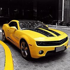 #SexySaturday just escalated with this sweet 'Bumblebee' Chevy Camaro seen in Transformers Movies. Check out on @eBay garage today: www.ebay.com/motors/garage?roken2=ta.p3hwzkq71.bdream-cars #carporn #spon