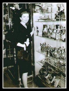 A beautiful picture of Jackie Kennedy shopping