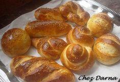 les pains briochés salés peuvent se manger natures ou garnis comme sandwichs.. ces petis pains sont bien moelleux et on peut les façonner selon nos goûts.. cette recette de pain brioché salé est de taous: je les avais fait il y'a longtemps et je compte...