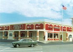 Ferrell's on Torrance Blvd, It was The best ice cream parlor in town, never got to order the zoo Farrell's Ice Cream, Ice Cream Parlor, Restaurant Photos, Vintage Restaurant, San Fernando Valley, Baby Boomer, Thats The Way, Good Ole, The Good Old Days