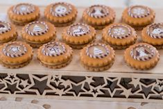 Cooking Tips, Cooking Recipes, Mini Cupcakes, Christmas Cookies, Food And Drink, Baking, Sweet, Biscuits, Xmas Cookies
