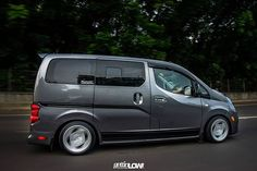 Nissan evalia nv200