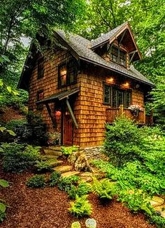 Easy to Build Tiny House Plans! This tiny house design-build video workshop shows how… Little Cabin, Little Houses, Small Houses, Woodlands Cottage, Forest Cottage, Forest Cabin, Fairytale Cottage, Cute Cottage, Cottage House