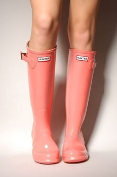 Coral colored Hunter boots