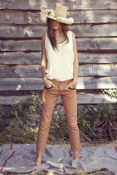#Outfit / Simple