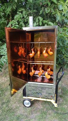 Bbq Grill, Barbecue, Grilling, House With Balcony, Homemade Smoker, Yummy Food, Tasty, Smokehouse, Smoking Meat