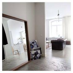 Mirror! Concrete floor
