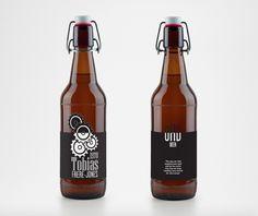 Drink Type / Kyle Lamond & Alicia Gonzalaz Arranz Hot Sauce Bottles, Commercial, Beer, Graphic Design, Type, Drinks, Root Beer, Drinking, Ale