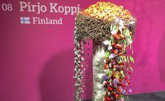 Fleurop - Interflora World Cup Berlin Day 2 Pirjo Koppi Floral Foam, Arte Floral, Pots, Hand Tied Bouquet, High Art, Berlin Germany, World Cup, Flower Designs, Floral Design