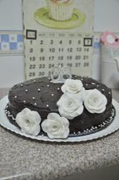 tarta cumpleaños Fondant, Cake, Desserts, Food, Birthday Cakes, Cookies, Pastries, Pies, Tailgate Desserts