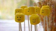 Marshmallow Lego heads - I died the marshmallows yellow using this method and then drew the faces on with an edible ink pen. You can vaguel. Lego Movie Party, Lego Birthday Party, Boy Birthday Parties, Birthday Ideas, 4th Birthday, Party Hacks, Diy Party, Party Ideas, Party Fun
