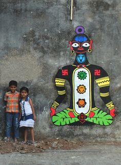 Spotted: Rural Chakra Street Art