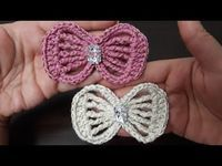 different knit bows made # bow tie models # knit models Crochet Bow Pattern, Crochet Bows, Crochet Flower Tutorial, Crochet Flower Patterns, Crochet Stitches Patterns, Crochet Motif, Crochet Designs, Crochet Flowers, Knitting Patterns