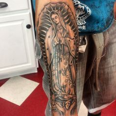 35 Spiritual Virgin Mary Tattoo Designs & Meanings