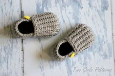 Toddler Crochet Pattern for Jake Loafers  by TwoGirlsPatterns, $5.50
