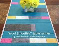 Wool Smoothie table runner pattern by Thistledown and Compnay Contemporary Table Runners, Modern Table Runners, Cat Quilt, Doll Quilt, Wool Dolls, Table Runner Pattern, Quilt Patterns Free, Mug Rugs, Applique Quilts