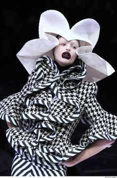 Alexander McQueen just took black and white to a whole new level. Damn, I miss him