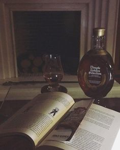 #repost @veviski Dimple & 📖 #whisky #dimple #blended #scotch #dimplewhisky #dimplewhiskey