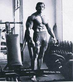 Simplyshredded Exclusive Profile: Arnold Schwarzenegger – The Austrian Oak | SimplyShredded.com