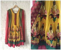 Vintage sierlijke kleurrijke geborduurde lange mouw door BohemeNYC