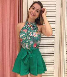 """672 Likes, 11 Comments - Dona Lolla (@lolladona) on Instagram: """"Pq simplesmente amamos verde!!!! Quem mais??! ✅ e essa roupa divinamente maravilhosa??? Shortinho…"""""""