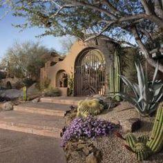Love the minimalist landscape. |<3| Southwest Garden - Phoenix Home & Garden