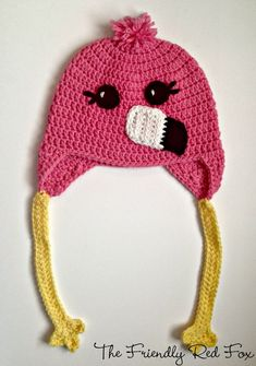 Crochet Hats Patterns The Friendly Red Fox: Free Crochet Hat Pattern: Flamingo Style - So, in the last few weeks I have been loving anything with flamingos. Before I never really thought of them beyond the plastic ones that Crochet Animal Hats, Crochet Kids Hats, Crochet Beanie Hat, Crochet Crafts, Crochet Projects, Free Crochet, Crocheted Hats, Crochet Horse, Knitted Hat