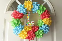 DIY Birthday wreath made of gift bows. A Birthday Party, Backyard Birthday Parties, Birthday Ideas, Birthday Door, Birthday Morning, Birthday Week, Elmo Party, Party Fun, Diy Décoration