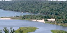 Kinnickinnic State Park | Travel Wisconsin *This park features a large, sandy delta and swimming area where the Kinnickinnic meets the St. Croix River. People with boats with on-board toilets can moor and sleep in their boats overnight.