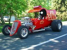 Afternoon Drive: Hot Rods & Rat Rods Photos) - A hot rod is a specific type of automobile that has been modified to produce more power for racing straight ahead. The hot rod originated in the early. Rat Rod Trucks, Cool Trucks, Fire Trucks, Cool Cars, Pickup Trucks, Gmc Trucks, Diesel Trucks, Hot Rods, Custom Trucks