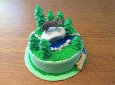 Fifth Street Cakes: Forest With Wolf Cake