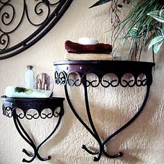 more Wrought iron wall decor.my mom would love this. Wrought Iron Wall Decor, Steel Shelving, Iron Shelf, Garden Deco, Iron Furniture, Iron Art, Iron Doors, Tuscan Style, Decorating Small Spaces
