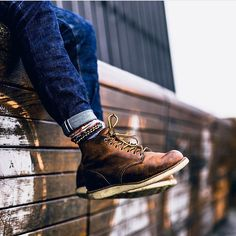 Redwings and denim...perfect combo!  Pic from @themoldernway  Follow @runnineverlong for more inspiration   #boots #denim