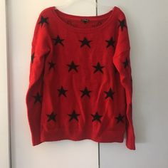 Red star sweater Great sweater great fit Express Sweaters
