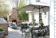 When it comes to pretty, no one does it like Michelle Morgan Harrison, owner and principal designer of Morgan Harrison Home! The Connecticut-based interior designer is known for creating beautiful … Outdoor Fireplace Patio, Outside Fireplace, Outdoor Fireplaces, Outdoor Living Areas, Outdoor Rooms, Outdoor Decor, Outdoor Furniture, Outdoor Patios, Outdoor Kitchens