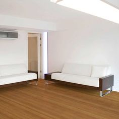 Se você deseja um piso com aparência de madeira, mas que tenha mais praticidade na instalação, na manutenção e na limpeza, opte pelos pisos laminados!