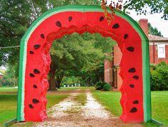 The gateway to watermelon heaven. :^)