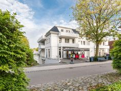 Ferienwohnung Viktoria Luna Nr 10 Style At Home, Mansions, House Styles, Home Decor, Germany, House, Decoration Home, Manor Houses, Room Decor