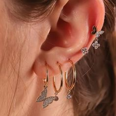 Aesthetic vintage art hoe trendy casual cool edgy outfit fashion style idea ideas inspo inspiration for school for women winter summer accessoire jewelry piercings earrings gold silver butterfly diamond Ear Jewelry, Cute Jewelry, Jewelry Accessories, Jewelry Ideas, Trendy Jewelry, Jewelry Trends, Gold Jewelry, Women Jewelry, Flower Earrings