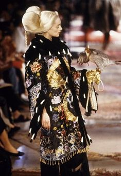 Givenchy by Alexander McQueen, Haute Couture Fall-Winter 1997/98, Honor Fraser. #alexandermcqueendress