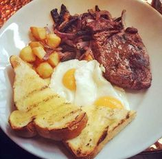 Steak and Eggs at the Lord Clifden