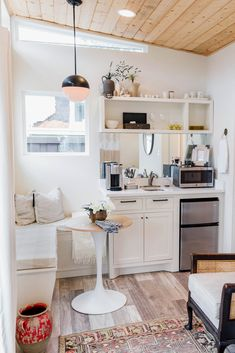 adorable tiny apartment layout - 10 Small Living Rooms That Make Space for a Dining Table Too Apartment Therapy Tiny House Living, Small Living Rooms, Small Living Room Kitchen Ideas, Tiny House Kitchens, Small Dining, Small Kitchens, Small Bathrooms, Small Apartment Layout, Small Basement Kitchen